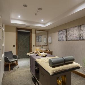 Massage Saloon